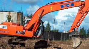 HPIM2692_eksk_Fiat_Hitachi_th.jpg
